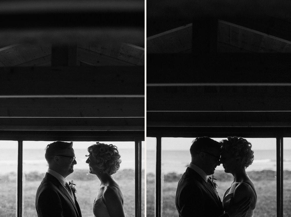 ärligt vackert naturligt bröllop