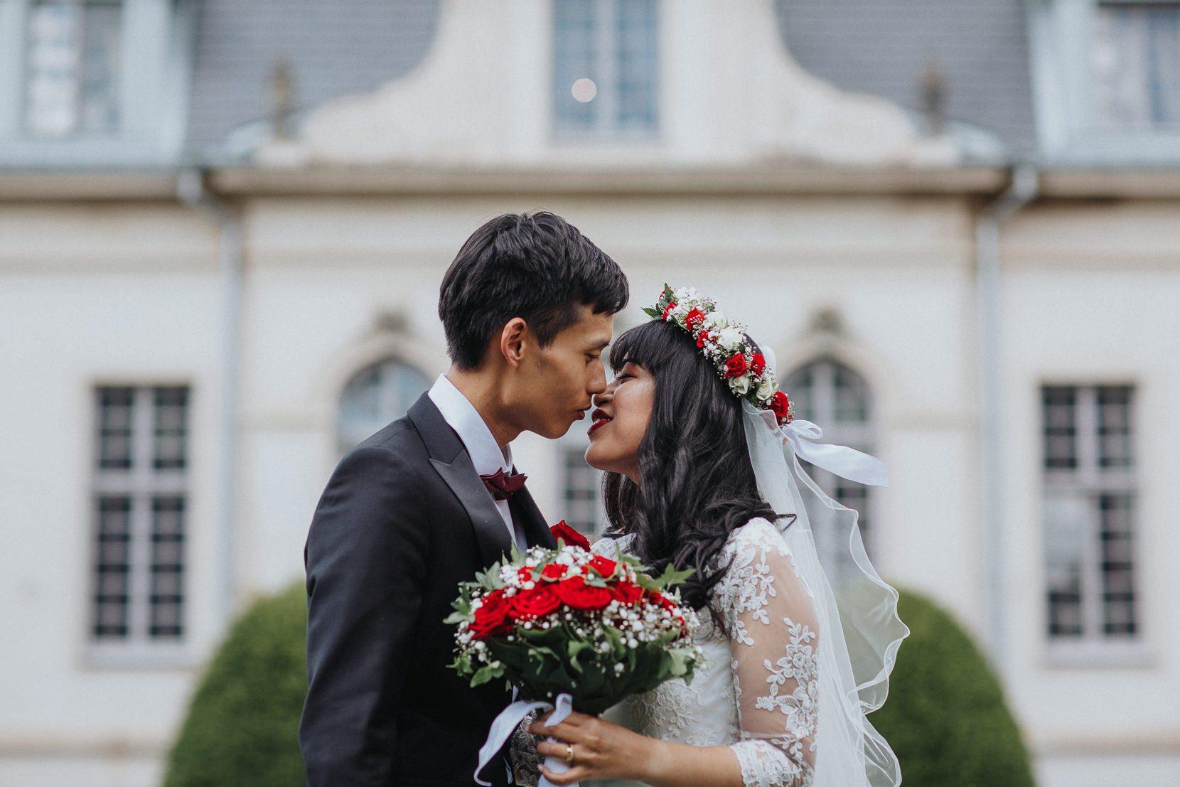 första kyssen Kronovalls Vinslott
